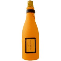 veuve-clicquot-brut-ice-jacket_1_1